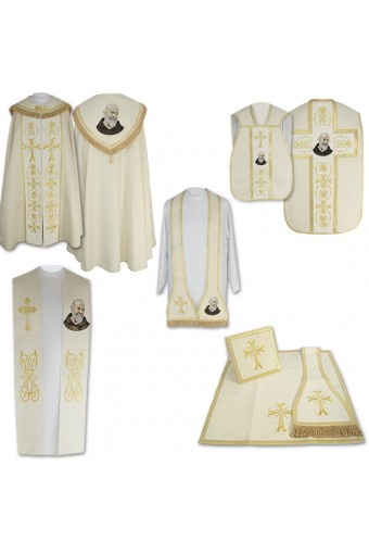 "High Mass Set 4 ""Father Pio"""